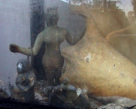 Akvarium med Yemaya, havets gudinne.